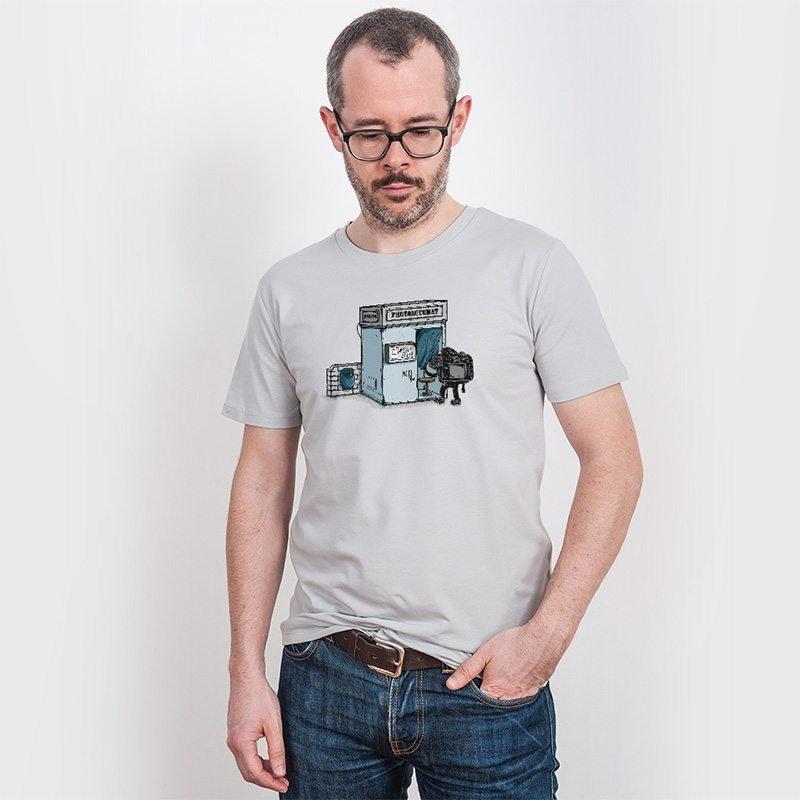 Robert Richter Take a Shoot Mens Organic Cotton T-Shirt